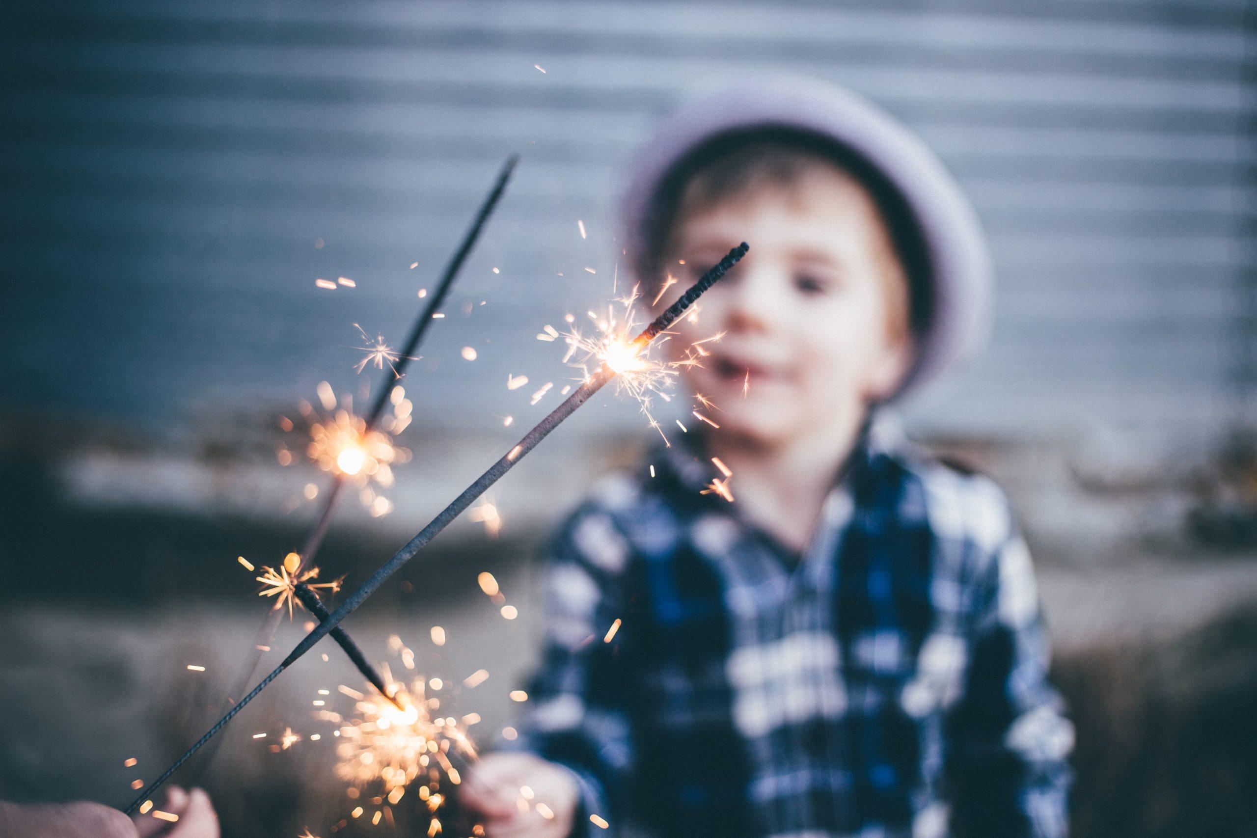 Faites briller les yeux de vos enfants avec le concept de la box anniversaire crée par esprit pop'up