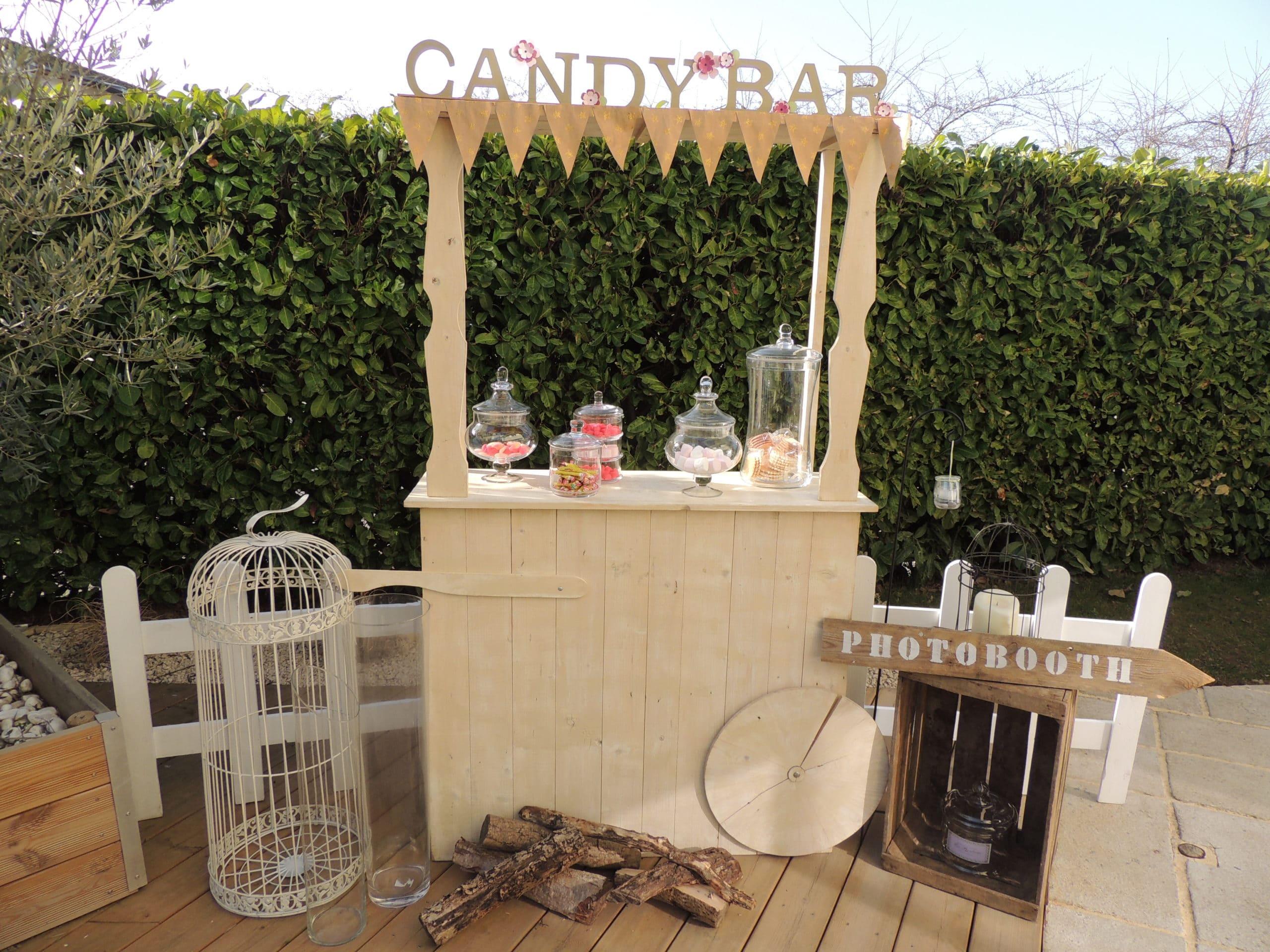 matériels de décoration, candy bar, vases, bonbonnières proposés par esprit pop'up pour tout évènement