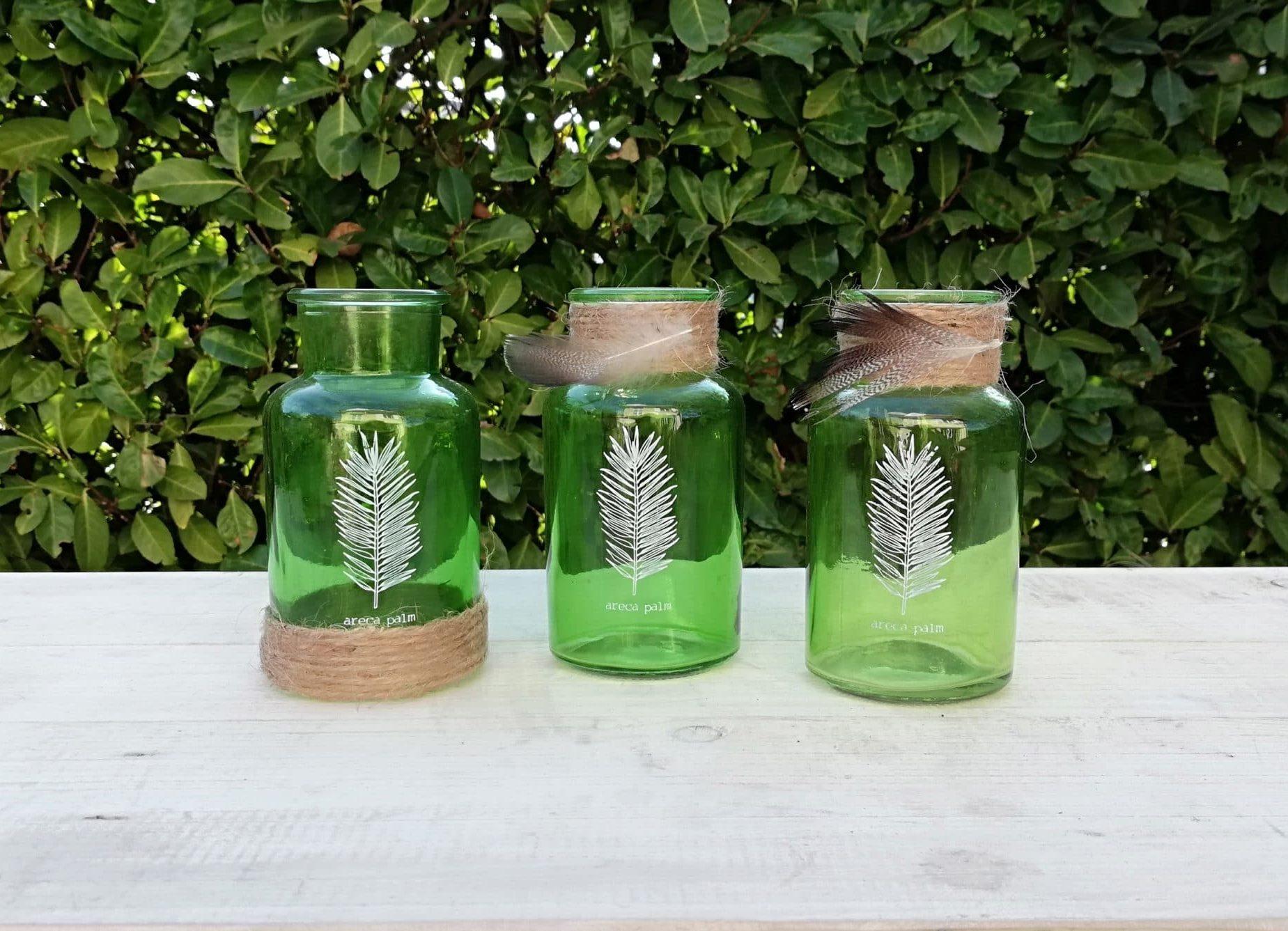 Location de petites bouteilles en verre pour la décoration de votre mariage proposée par esprit pop'up