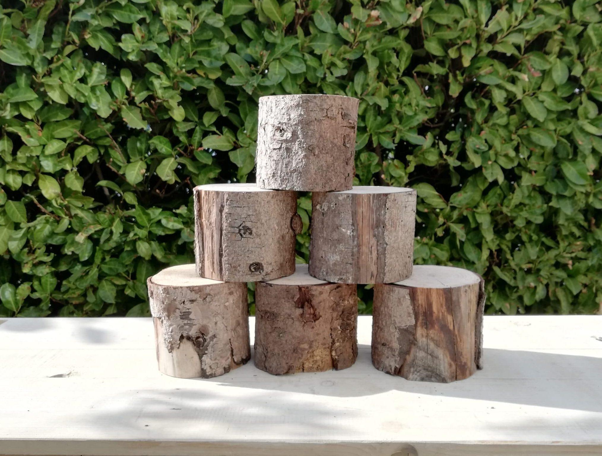 location de rondins de bois proposés par esprit pop'up pour la décoration de votre évènement