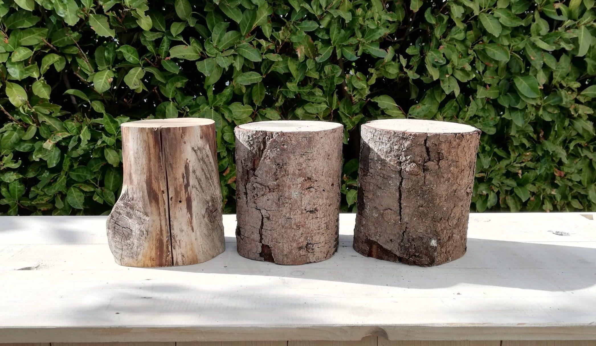 location de rondins de bois pour un mariage champêtre et nature proposés par esprit pop'up